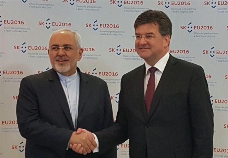 ظریف یلتقی بنظیره السلوفاکی ویشدد على أهمیة تعزیز العلاقات