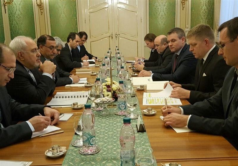 ظریف یلتقی رئیس وزراء سلوفاکیا