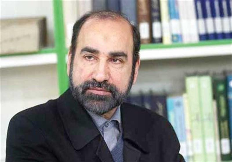 محمدرضا سنگری در اختتامیه دومین دوره «جایزه دعبل»: شاعران اهلبیت «ساقیان کربلا» هستند/ سرودههای عاشورایی ما در ترازی فراتر از قرون گذشته ایستاده است