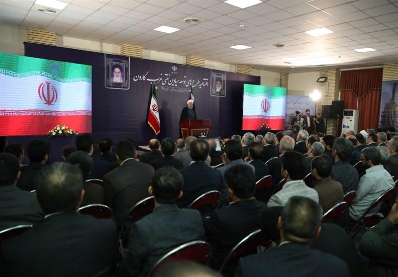 Iranian President Lauds Oil Industry's Post-JCPOA Achievement