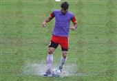 کریم انصاریفرد - تمرین تیم ملی فوتبال در مالزی