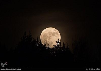 رصد بزرگترین ماه 70 سال گذشته