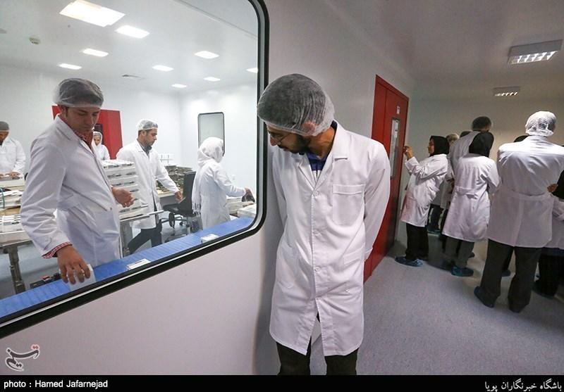 پژوهشگران دانش بنیان آریوژن در حال تحقیق، توسعه و تولید داروهای نوترکیب