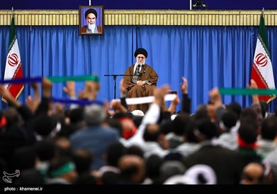 Ayatollah Khamenei Meets A Group of People from Isfahan