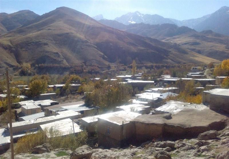 توقف زندگی پشت سد «کمندان ازنا»/ وقتی وعده مسئولان برای جابهجایی یک روستا 13 سال طول میکشد