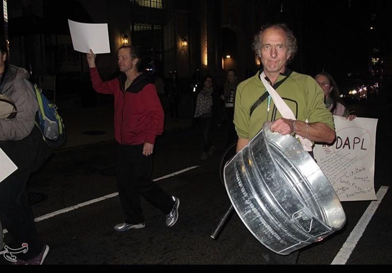 فیلم/ اظهارات «برنی سندرز» و شهروندان آمریکایی علیه انتخابات آمریکا در تظاهرات واشنگتن