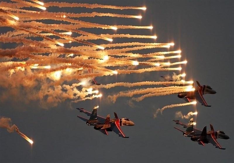 بین الاقوامی فضائی نمائش کیش: ایرانی اور روسی جہازوں کے فضائی کرتب