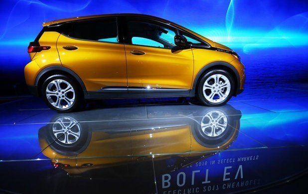هفتمین نمایشگاه بینالمللی خودرو در کرمان افتتاح شد