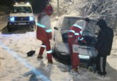 برف در گزنک