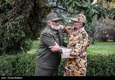 امیر کیومرث حیدری فرمانده جدید و امیر احمدرضا پوردستان فرمانده سابق نیروی زمینی ارتش