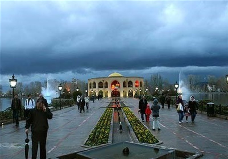 Tabriz's El-Golu: A Large Park with A Qajar Palace