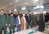 نماز وحدت یگانهای نظامی و انتظامی شهرستان کاشان برگزار شد