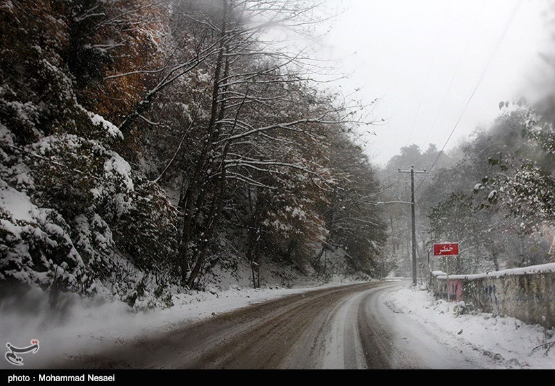 تصاویر برف روستای زیارت گلستان پاییز ۹۵