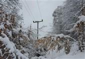دکل برق در برف