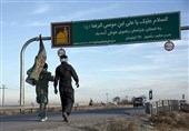 حال و هوای زائران پیاده حرم مطهر امام رضا(ع) + فیلم