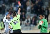 دیدار تیمهای فوتبال استقلال و گسترش فولاد