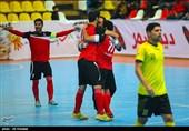 غلبه گیتیپسند بر تأسیسات در مهمترین دیدار هفته/ اصفهانیها یک پیروزی تا فتح جام