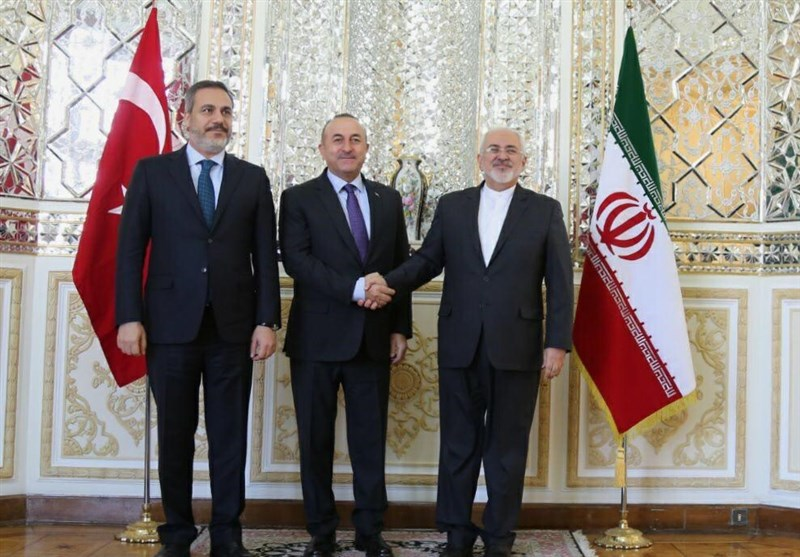 Iranian, Turkish FMs Discuss Regional Issues