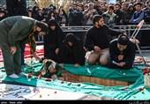 تشییع پیکر شهید گمنام در کوی دانشگاه تهران