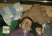 سرقت کمکهای بشردوستانه از سوی تکفیریها/وخامت حال یک کودک بیمار در«فوعه»به سبب نبود دارو+تصاویر
