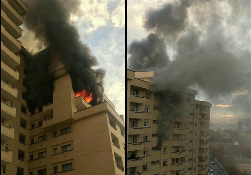جزئیات آتشسوزی برج مسکونی ۱۱ طبقه در مشهد/ انتقال ۴ مصدوم به بیمارستان؛ حال عمومی مصدومان مساعد است