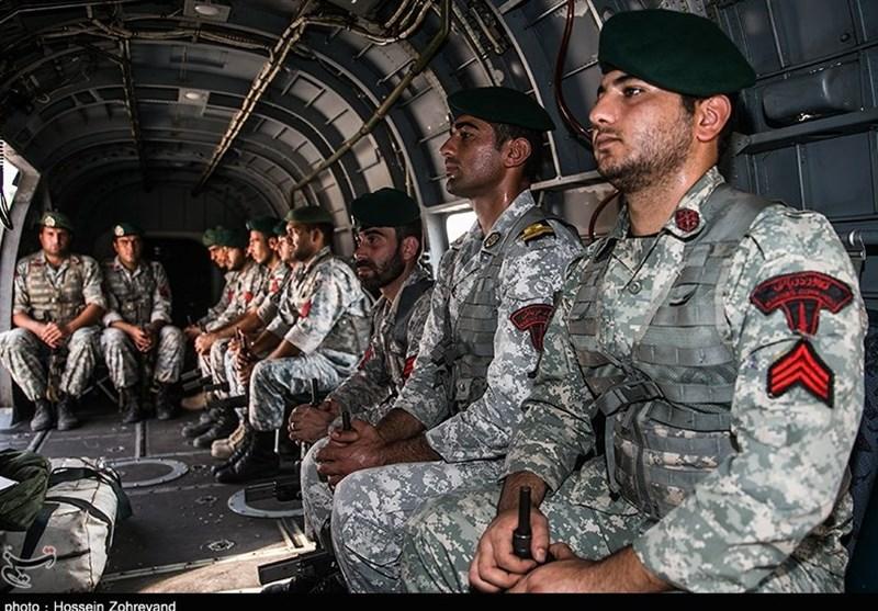 تکاوران ارتش در انتظار کاهش حجم آتش برای ورود به نفتکش سانچی