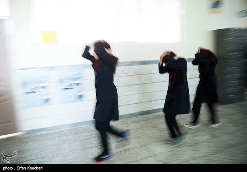 Iran Schools Stage Drills to Boost Preparation for Possible Earthquake