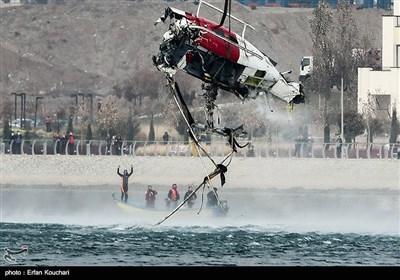 سقوط بالگرد در دریاچه خلیج فارس