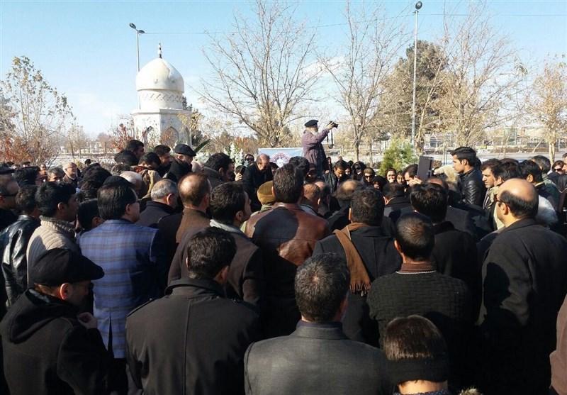 مراسم تشییع و خاکسپاری استاد باقرزاده در مشهد برگزار شد