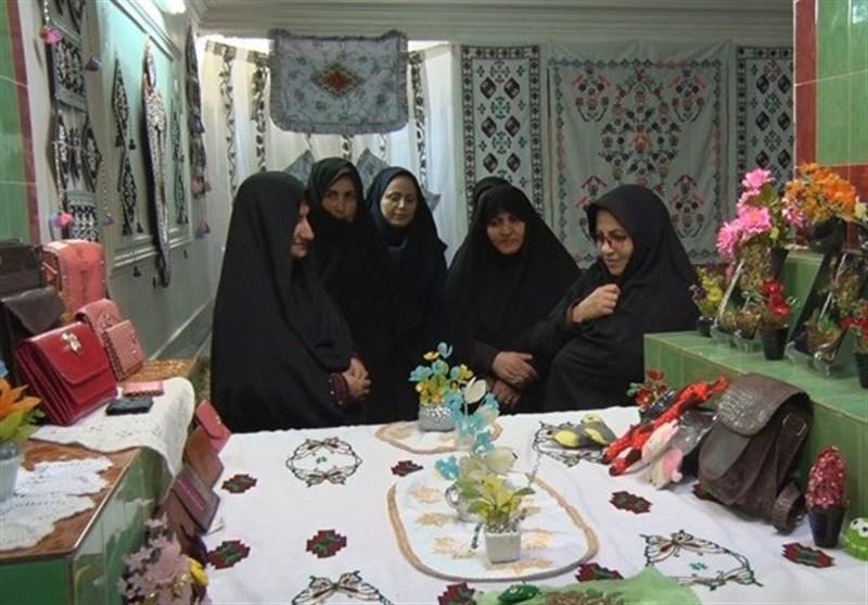 165 غرفه در بازارچههای صنایع دستی خراسان جنوبی فعالیت دارند