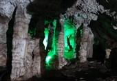 """""""دہ شیخ"""" میں موجود پر اسرار غار کی سیر + تصاویر"""