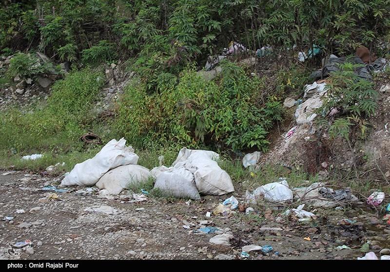 انباشت زباله ها در منطقه رحیم آباد رودسر