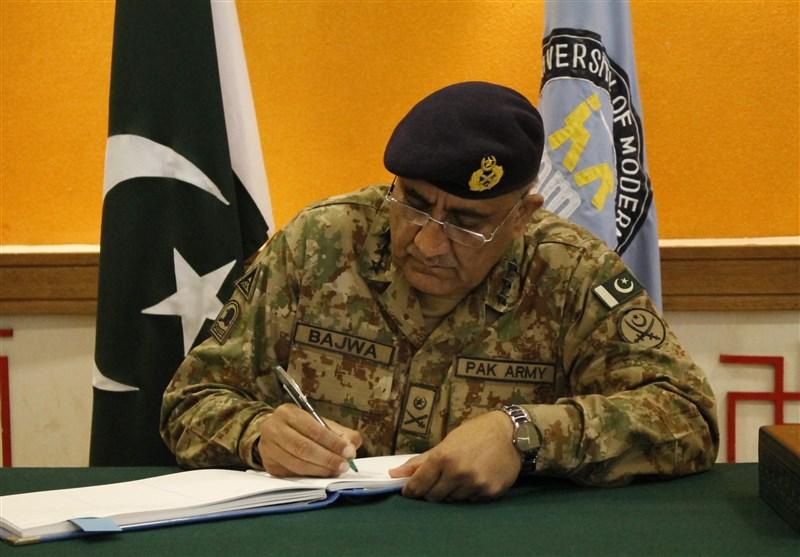 فرمانده ستاد ارتش پاکستان حکم اعدام ۱۱ تروریست دیگر را امضا کرد