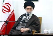 Leader Heaps Praise on Firemen Martyred in Tehran Building Collapse
