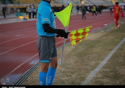 گزارشی از وضعیت داوران فوتبال ایران؛ از تمرین در زمین آسفالت تا ماجرای جالب بین المللی شدن