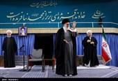 دیدار مسئولان نظام و میهمانان کنفرانس وحدت اسلامىبا مقام معظم رهبری
