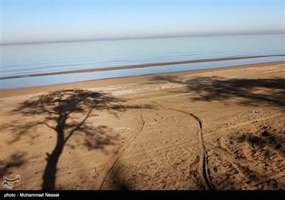 شبه جزیرة میانکاله فی بحر قزوین شمالی ایران