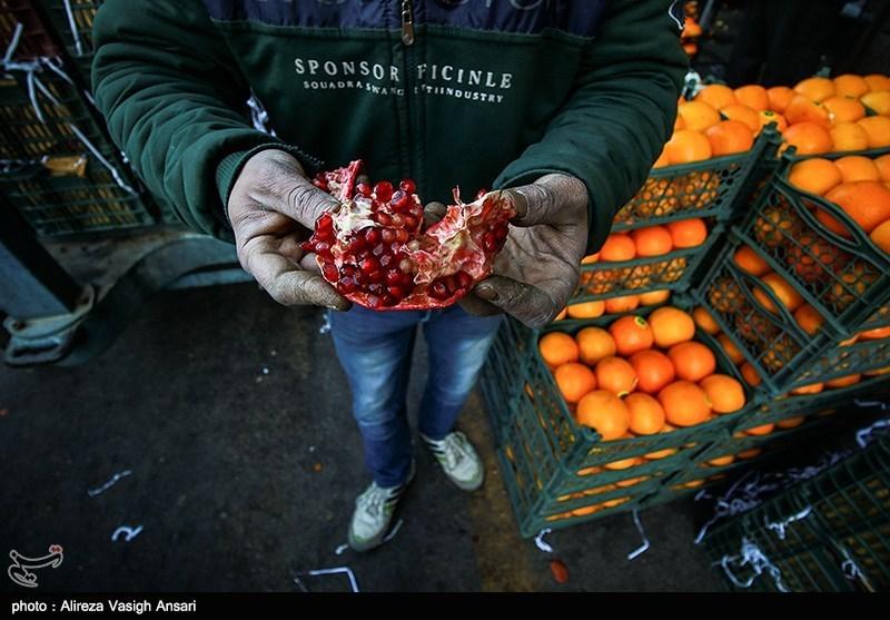 """غرفههای """"واسطهها"""" عامل اصلی گرانی میوه و ترهبار در خوزستان است"""