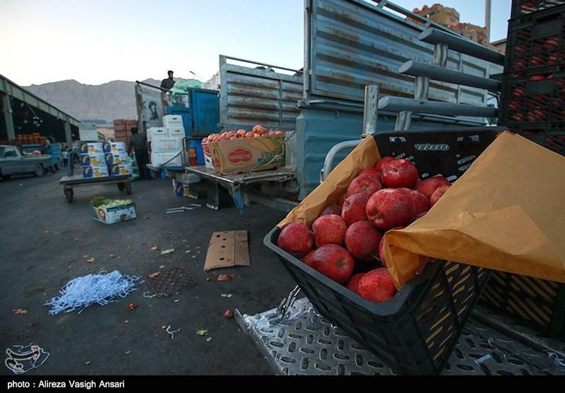میدان میوه و تره بار اصفهان در آستانه شب یلدا