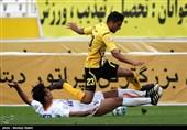 مرحله یک هشتم جام حذفی فوتبال - دیدار تیم های سپاهان و سایپا در اصفهان