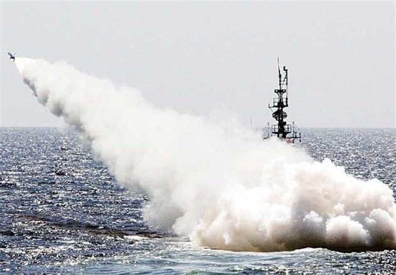 پاک بحریہ کا فضا سے سمندر میں مار کرنے والے میزائل کا کامیاب تجربہ