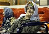 شب یلدا در خانه سالمندان و مرکز کودکان سرطانی همدان