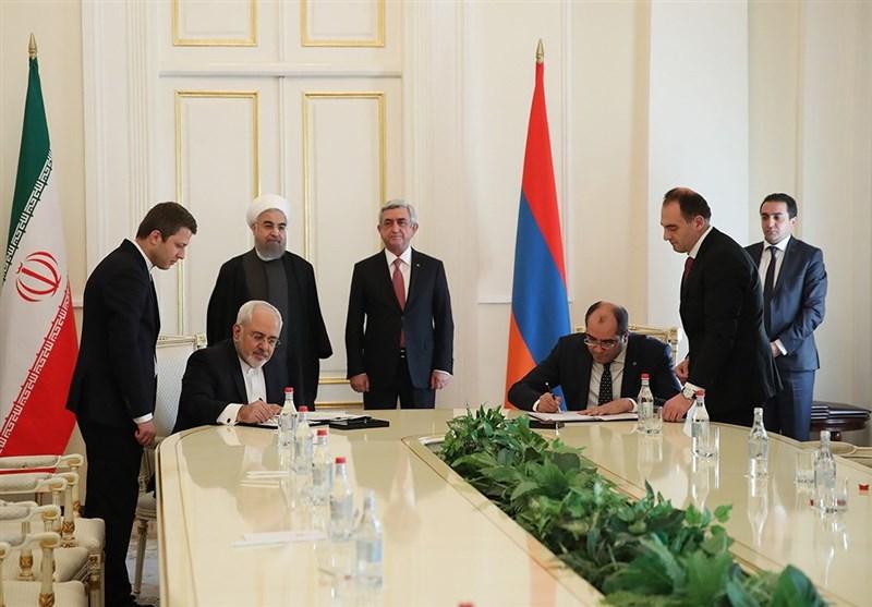 Iran, Armenia Ink 5 Deals