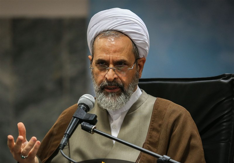 Senior Iranian Cleric Slams Bahraini Regime's Moves against Sheikh Qassim