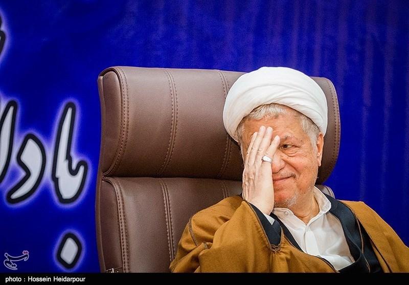 نشست هاشمی رفسنجانی با اساتید و دانشجویان دانشگاه آزاد اسلامی بوشهر