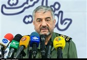 Commander Calls US Blacklisting of IRGC 'Laughable'