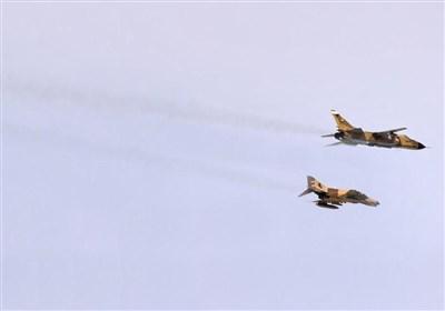 رهگیری بمب افکن سوخو 24 توسط جنگنده اف 4