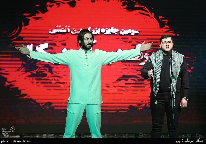 تهران| با حضور فعال در عرصههای فرهنگی و هنری در مقابل آمریکا ایستادگی میکنیم