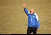 منصوریان: به تیموریان نیاز داریم، او میتواند جوانهای ما را هدایت کند/ رضایی بازیکن استقلال است و فروشی نیست