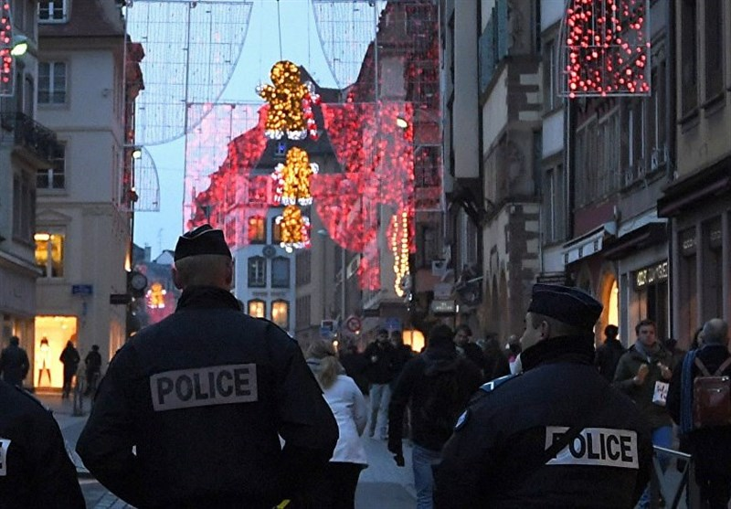 France Vows Crackdown after New Year Attack on Police